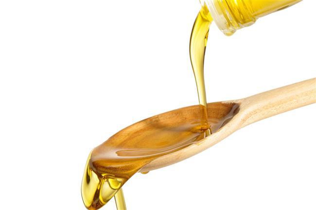 Sızma zeytinyağının içindeki omega 6 yağ asitleri, kalori yakmanızı kolaylaştırıyor. Bu nedenle günde bir çorba kaşığı kadar zeytinyağı tüketmek faydalı.