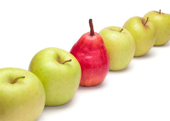 Ayva, elma, armut bu üç meyvede bol miktarda lif var. Özellikle şekerinizi ve kolesterolünüzü düşürmeye yardımcı olan ve 'pektin' adı verilen eriyebilen lifleri içermeleri, bu meyveleri tüketmeye yararlı hale getiriyor. Öğün aralarında tüketilince tok hissetmenizi sağlıyor.
