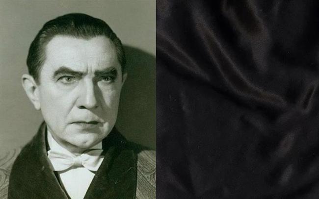 7. Bela Lugosi - Drakula pelerini  1956'daki ölümünden önce, Lugosi ünlü pelerinini karısına vermiş ve oğlu için saklamasını rica etmişti. Ancak ailesi, Lugosi'nin imzası haline gelmiş kostümü, peleriniyle gömülmesini uygun gördü.