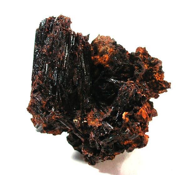 14. Painite - 300.000 Dolar/Gram  Painite sadece Mynmar'da nadir olarak bulunan borat minarelidir. Borat bor asidi ve bir oksidin birleşimiyle oluşan tuzdur. İçindeki demir miktarına göre kahverengi, turuncu ve kırmızı renkleri bulunabilir. Pahalı kristallerden biri olan painitenin gramı 300.000 Dolar'dır.