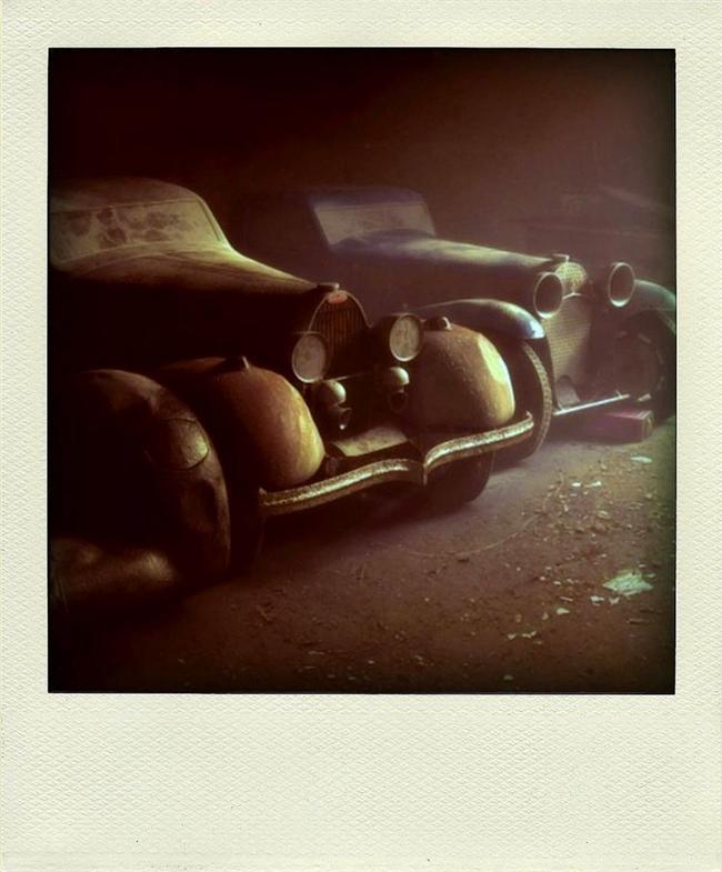 Terk edilmiş Bugattiler