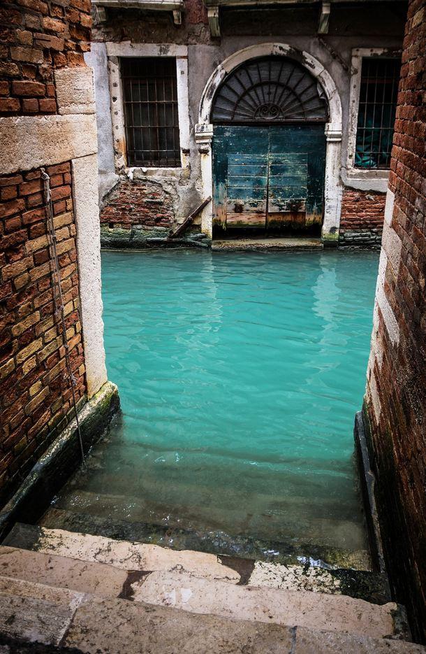 Turkuvaz Kanalı, Venedik, Italy
