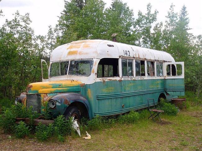 Chris McCandles'in Sihirli Otobüsü, Stampede Trail, Alaska