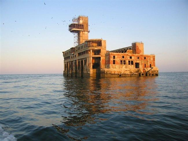 Sovyet deniz kuvvetleri test istasyonu, Makhachkala, Russia