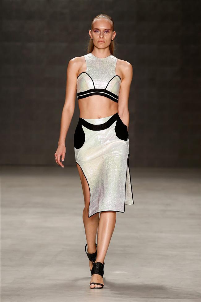 Ece Gözen İlkbahar/Yaz 2015 koleksiyonu Mercedes-Benz Fashion Week İstanbul kapsamında gerçekleşti...