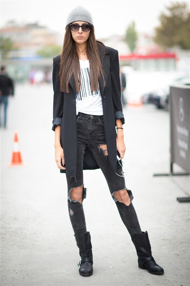 İşte MB Fashion Week Istanbul'un en şık sokak stilleri...  Canus Melis Karakus