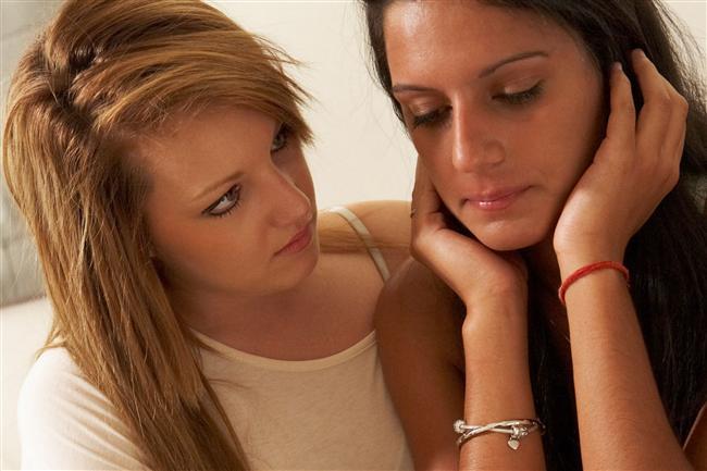 7. Onun üzgün olduğu anlarda üzüntü ile başa çıkmayı zamanla her şeyin düzeleceğini öğrenirsin.