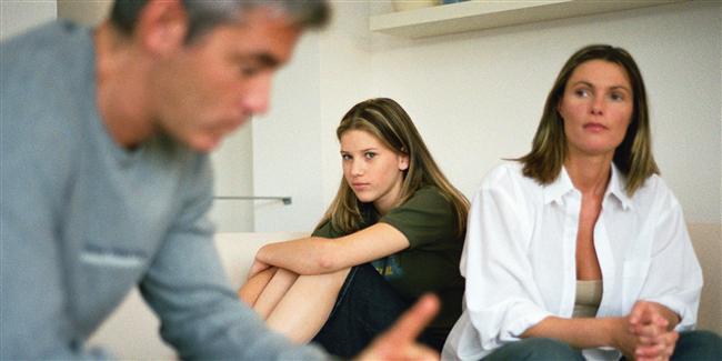 18. Anne babanın gıcık soruları ile başa çıkmayı onu izleyerek öğrenirsin.