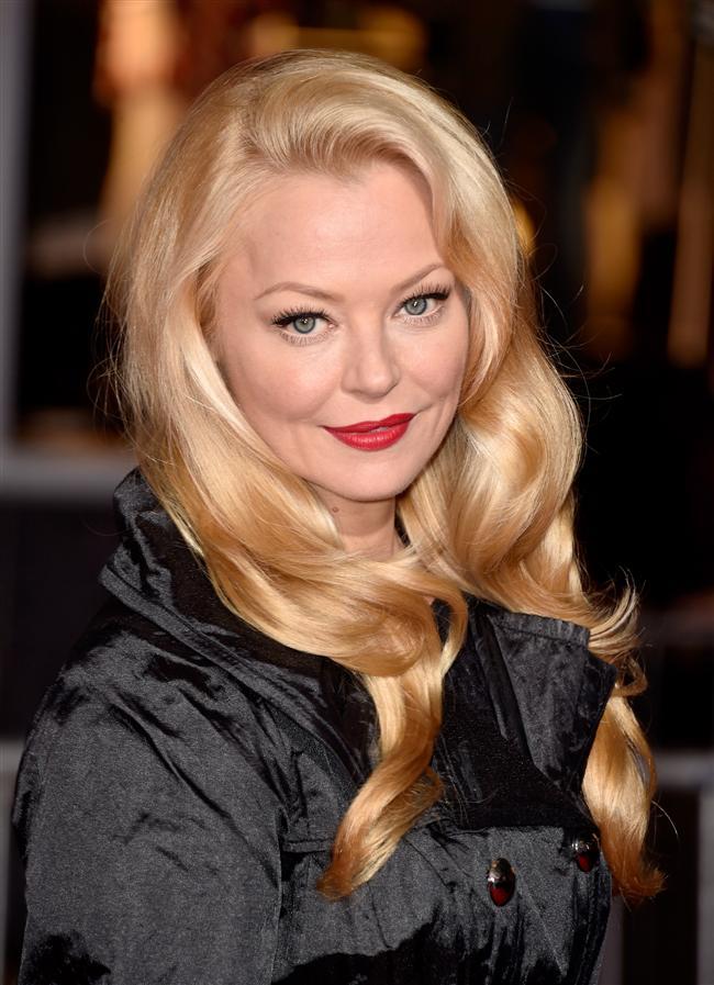 Ünlüler bu hafta katıldıkları davetlerde ve ödül törenlerinde çeşitli saç modellerini tercih ettiler. Hal böyle olunca bizler de bu saç modelleri arasından en çok beğendiğimiz ünlü isimleri sizler için seçtik...