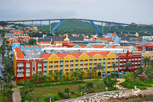 14. Willemstad, Curaco, Karayipler