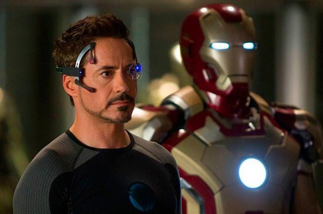 Tony Stark  Demir Adam / Iron Man (2008) Canlandıran: Robert Downey Jr.