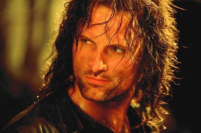 Aragorn  Yüzüklerin Efendisi: Yüzük Kardeşliği / The Lord of the Rings: The Fellowship of the Ring (2001) Canlandıran: Viggo Mortensen