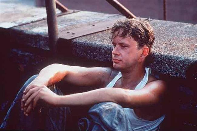 Andy Dufresne  Esaretin Bedeli / The Shawshank Redemption (1994) Canlandıran: Tim Robbins