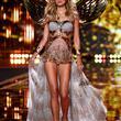 2014 Victoria's Secret Defilesi - 15
