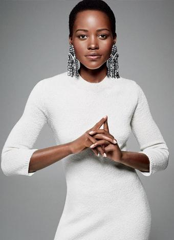 Lupita Nyong'o  Bu yıl Oscar Ödülleri'nde 12 Years A Slave'deki Patsey performansıyla 'En İyi Yardımcı Kadın Oyuncu' ödülünü kazanan Lupita Nyong'o, J.J. Abrams'ın yönetmenliğini üstlendiği yeni Star Wars filminde rol almasıyla da konuşuldu. 2014 yılında People dergisi tarafından dünyanın en güzel kadını seçildi. Ayrıca Altın Küre ve BAFTA'ya aday gösterildi.