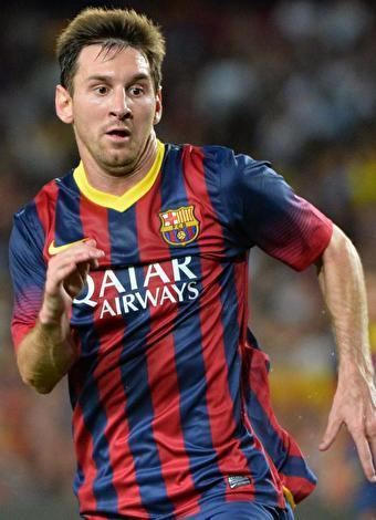"""Lionel Messi  Barcelona'da forma giyen oyuncu, """"2005 FIFA 20 Yaş Altı Dünya Kupası""""nda final maçı da dahil olmak üzere 6 golle gol kralı olduğunda dikkat çekmişti. Bu yıl Arjantinli yıldız, APOEL karşısında attığı ilk golle Şampiyonlar Ligi tarihinin gol rekorunu kırdı. Ayrıca Chelsea'ye transfer olacak iddiasıyla gündeme bomba gibi düştü."""