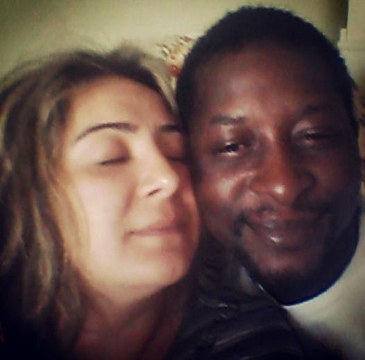 Ulan İstanbul dizisindeki Şehriban karakterine hayat veren Zeynep Kankonde, Kongolu Chris Kankonde ile evli.