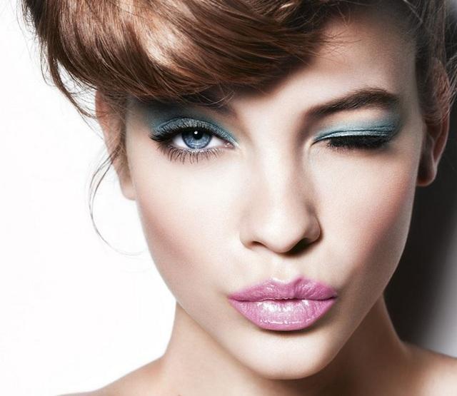 23. Gözleriniz mavi ise dünya üzerindeki mavi gözlü diğer herhangi bir kişi ile ortak bir atanız var demektir  İlk mavi gözlü insan bundan yaklaşık 6.000 ila 10.000 yıl önce yaşadı, o tarihten önce herkes kahverengi gözlüydü.