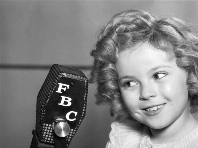 16. Bir zamanların çocuk yıldızı Shirley Temple