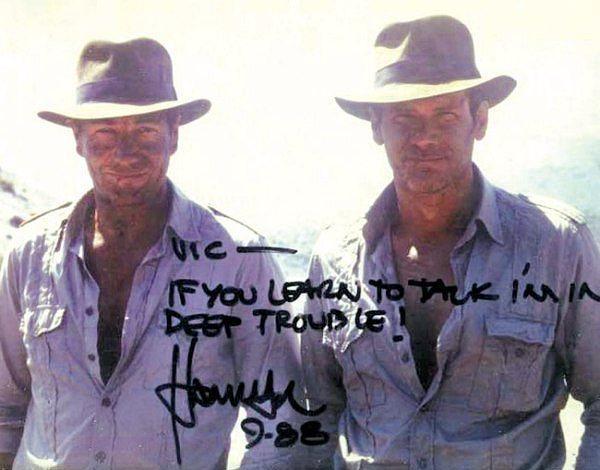 14. Harrison Ford ve İkiz Dublörü Vic Armstrong (Indiana Jones)