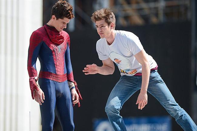 5. Andrew Garfield ve İkiz Dublörü William R. Spencer (The Amazing Spider-Man 2)