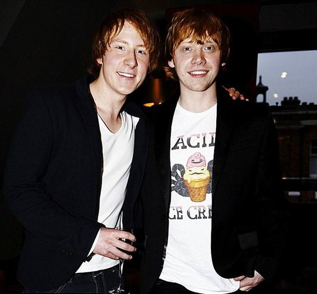 28. Rupert Grint ve İkiz Dublörü Anthony Knight (Harry Potter Serisi)