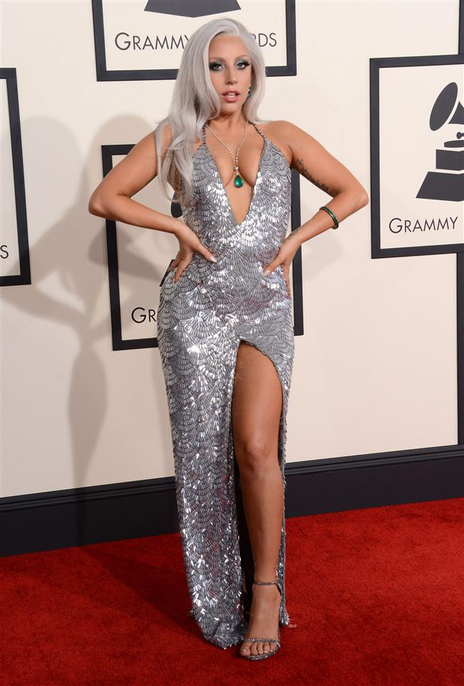 Lady Gaga  Elbise: Brandon Maxwell