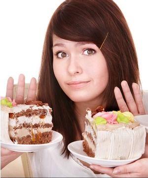 11.Bilim adamlarına göre; diyet yapmak, beyninizi kendisini yemesi için zorlayabilir.