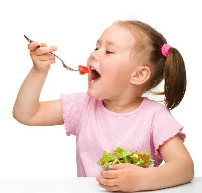6. Sağlıklı beslenme çalışmalarına başlamayı düşünecek kadar yaşlı, beceremeyecek kadar gençsin
