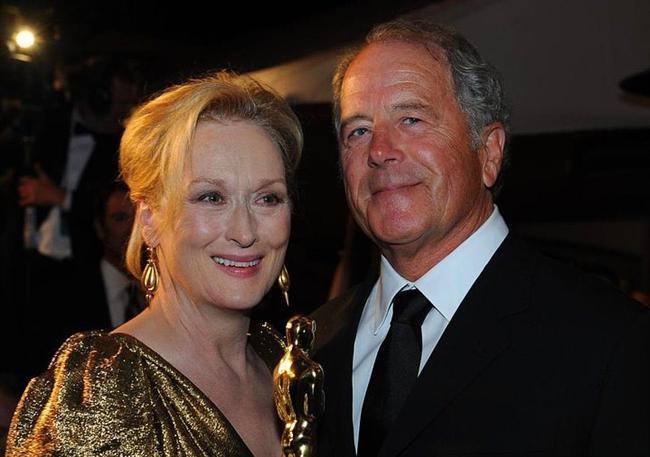 Meryl Streep ve Don Gummer çifti her zaman örnek alınan çift olmuştur. Merly Streep'inde zaten iyi oyunculuğundan eşinden daha fazla para kazanabileceğini anlamamak ayıp olurdu.