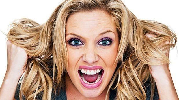 9. Zeki insanların saçlarında daha fazla kalay ve bakır vardır. Bu nedenle daha çabuk yağlanırlar.