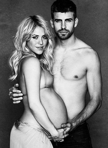 İlk bebeğinin doğumundan önce Shakira sevgilisi Gerard Pique ile birlikte UNICEF yararına bu pozları verdi.