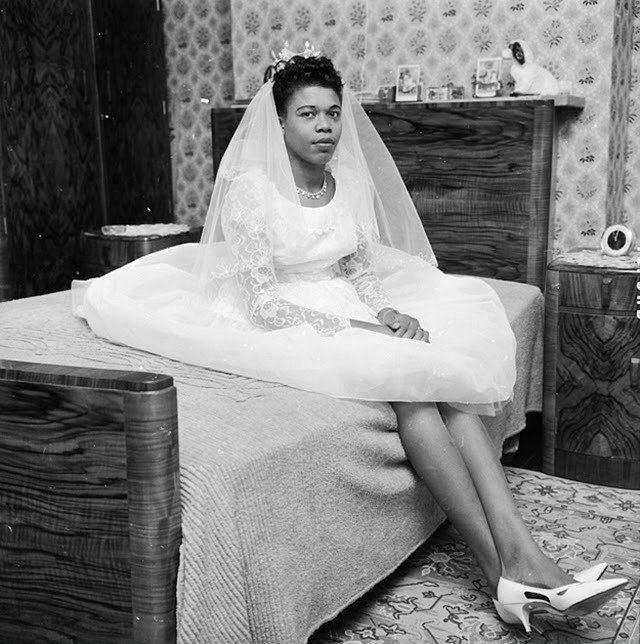 Eski Düğünlerden Nostaljik Gelinlik Modelleri - 21