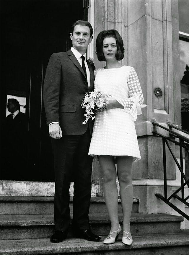 Eski Düğünlerden Nostaljik Gelinlik Modelleri - 22