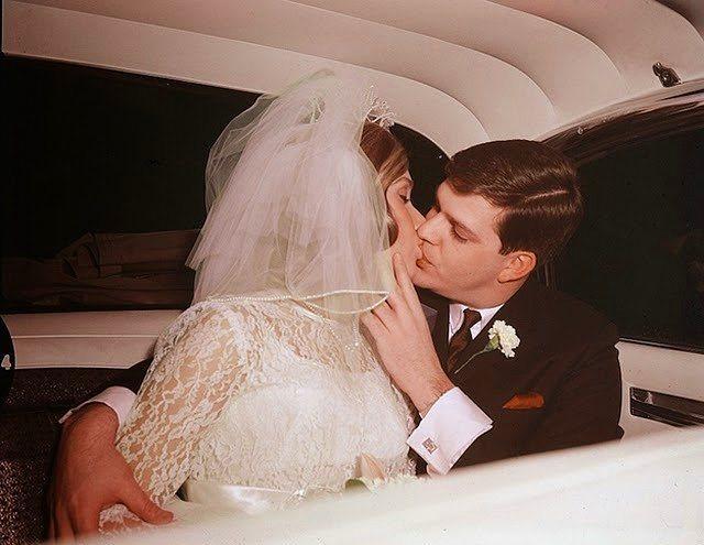 Eski Düğünlerden Nostaljik Gelinlik Modelleri - 11