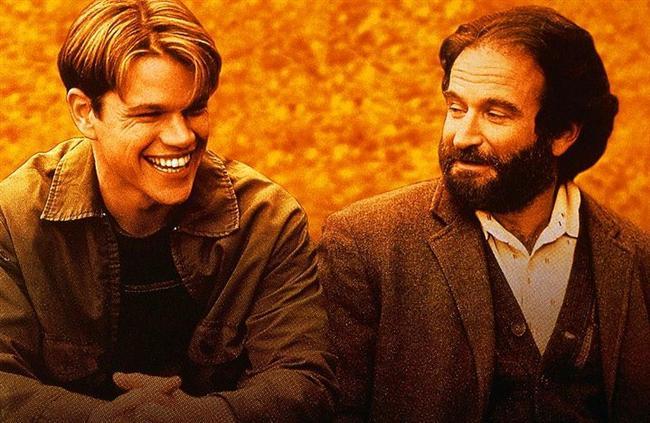 12. Can Dostum (1997) | IMDb: 8.2  Will Hunting, Massachuset Üniversitesinde çalışan hademedir. En yakın arkadaşları ile bilikte mahalledeki diğer gençler ile kavga ederler. Yaptığı kavgadan dolayı hapise gönderilir. Daha önce Will'in yeteneğini fark edip araştıran üniversite profesörü bir şartla Will'e kefil olup hapishaneden çıkarılmasını sağlar. Tek şart Will'in bir terapist tarafından tedavi edilip iyileşmesini sağlamak. Will terapist Sean Maguire en yakın arkadaşı Chucki Sullivan ve yeni tanıştığı kız arkadaşı bu konuda ona destek olacaklar.