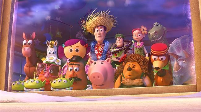 11. Oyuncak Hikayesi serisi (1995) | IMDb: 8.3  Buzz Lightyear adlı yeni çıkan oyuncak, Andy'e hediye edilir. Oyuncağı çok seven Andy, eski gözdesi Şerif Woody'e olan ilgisini yitirir. Bir gün Buzz yanlışlıkla pencereden aşağı uçunca, herkes Woody'nin onu öldürdüğüne inanır. Woody, kendisini kurtarabilmek için Buzz'ın arkasından giderek onu geri getirmeye karar verir. Fakat ikiliyi dış dünyada büyük tehlikelerle dolu maceralar beklemektedir.
