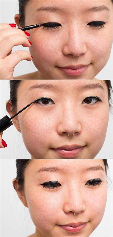 22. Gündüz makyajından gece makyajına kolayca geçmek için, eyelinerınıza biraz parıltı ekleyin.   Kaynak: Onedio