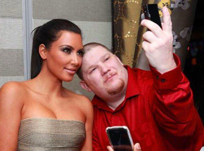 Kim Kardashian'ın mutlu olmayı denediği anlardan biri.