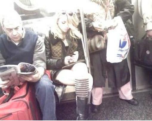 Halkın Arasına Karışan Metrodaki 30 Ünlü - 31