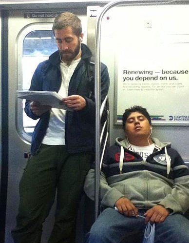 Halkın Arasına Karışan Metrodaki 30 Ünlü - 9