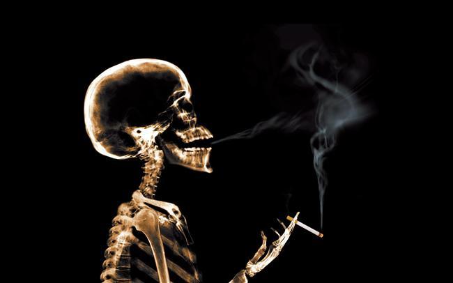 Başak burcu  Temiz, tertipli, iyi niyetli ve bir o kadar da çekingen bir tiptir. Başak Burcu'nun bu özelliklerinden faydalanarak onun sigaradan uzaklaşmasını sağlayabilirsiniz. Çekingenliği sayesinde etrafında fazla insan yoktur ve iyi ilişkiler kuramaz. Onunla sağlam bir dostluk kurabilirseniz rahatlıkla size güvenebilir ve sigaradan sizin söylemleriniz doğrultusunda uzaklaşabilir. Onu ailesi, bir yakını ve sevgilisi her zaman desteklemektedir. Başak Burc'u temsilcilerine bu özellikleri ile yaklaşmayı becerebilirseniz, örneğin ailesiyle iyi ilişkiler kurabilir ya da ona iyi bir sevgili olmayı başarabilirseniz, size güvenmesini sağlayabilirsiniz. Havai tiplerden nefret eder. Bilgiye, kibarlığa, zerafete, nezakete önem verir. Temizliğe çok düşkündür. O her şeyin pırıl pırıl olamsını ister. Hastalık korkusu vardır. Bahçeyi doğayı çok sever. Özellikle hastalık ve temizlik konusunda telkinlerde bulunmayı başarabilirseniz onu kolaylıkla sigaradan uzaklaştırabilirsiniz. Ayrıca sigarayı unutturabilmek için onu bahçe ve doğa konusundaki hobileri ile oyalayabilirsiniz.