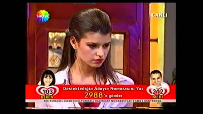 8. Türkiye'nin Yıldızları  Popstar'dan sonra her şeyin yarışmasının yapılmaya başlandığı dönemin yarışmasıydı. Skeçler halinde yapılırdı. Engin Akyürek, Beren Saat, Cansu Dere, Bengi Öztürk gibi isimler bu yarışma sayesinde ünlü olmuşlardır. Bu açıdan Türk televizyonları için önemli bir yarışmaydı. Ali Poyrazoğlu ve Hamdi Alkan gibi büyük isimlerde jüriydiler.