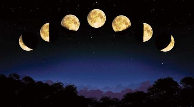 DOĞUM HARİTALARINIZDA YENİ AY HANGİ EVDE NASIL ETKİLER YAPACAK? İŞTE CEVABI  Ay 1. evde – İnisiyatifinizi ortaya koyun ve cesaretli davranın.  Yeni Ay 2. evde – Rekabet edin kazanmaya odaklanın ve hakkınız olanı alın.   Yeni Ay 3. evde - Cesurca konuşun! Rahatsızlıklarınızı da AŞK'ıda  Yeni Ay 4. evde – Ailevi bağları güçlendirin. Evinizde dekoratif değişiklikler yapın.  Yeni Ay 5. evde – Çocuklarınıza zaman ayırın ve onlarla bütünleşin.  Yeni Ay 6. evde – İş hayatınızda aktif olun girişimlerin startını verin.   Yeni Ay 7. evde – Aşk ilişkiler ortaklıklar ve hukuksal konularda zafer ve mutluluk sizin.  Yeni Ay 8. evde - Psikolojik olarak güçlenmeye çalışın dua edin meditasyon yapın ruhunuzu canlandırın.  Yeni Ay 9. evde – Cesaretinizi açıkça ortaya koyun ve ideallerinizi hayatınıza yansıtın.  Yeni Ay 10 ev – Yeteneklerinize güvenin ve profesyonelce kendinizi ilerletmek için fırsatları değerlendirin.  Yeni Ay 11 evde – Sosyalleşin ikili ilişkiler yeni imkanları ve fırsatları getirebilir.  Yeni Ay 12 evde – Kendinizi ve sizi sevenleri sevin. Gönüllü olun ve başkalarının iyiliği için fedakarlık yapmaya başlayın.