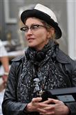 Ünlülerin Şapkalarıyla Trendi Yakalayın - 28