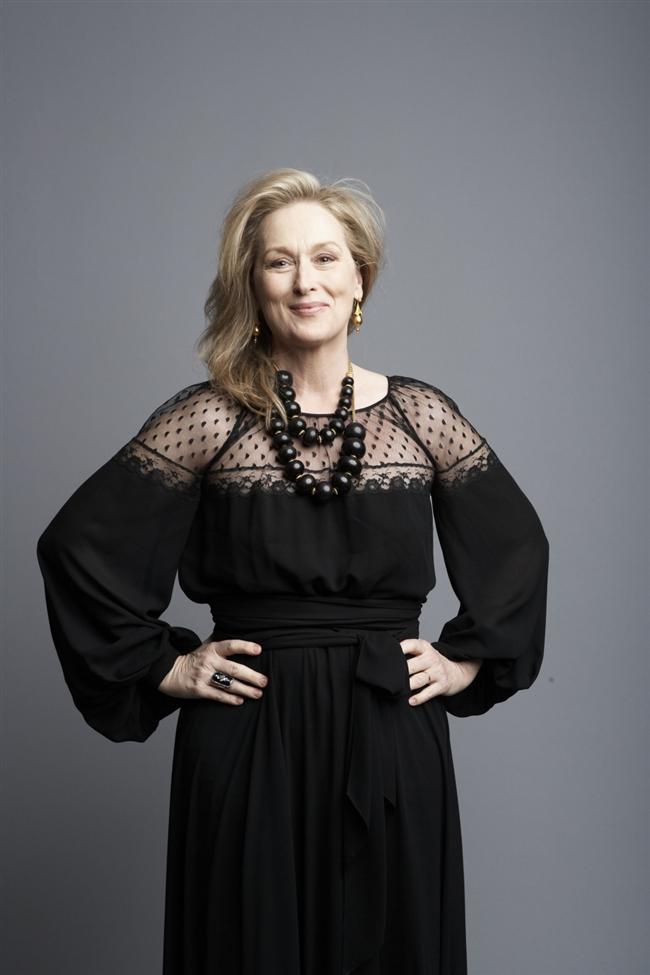 20. Meryl Streep  Zarifliğin eskimeyen yüzü Merly Streep, modayı yakından takip eden ve çoğu bayan tarafından örnek alınan isimlerden.