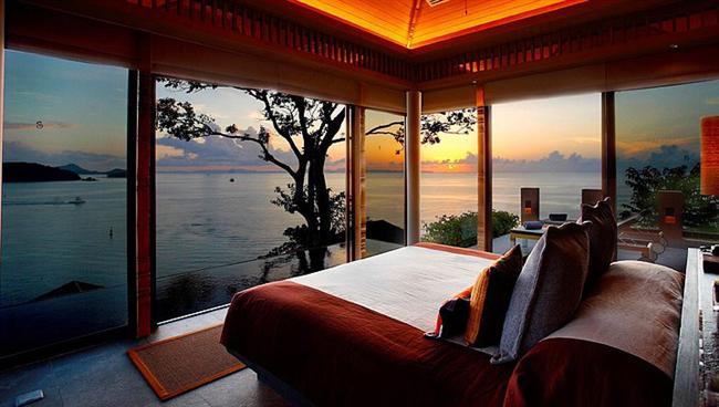 25. O yatakta ne de güzel seyredilir gün batımı