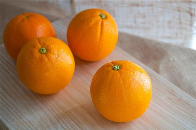 Asitli meyveler  Bu meyvelerde doğal şeker bulunur. Doğal şekerler beyin fonksiyonlarını geliştirir ve bağışıklık sistemini güçlendirecek C vitamini desteği sağlar.