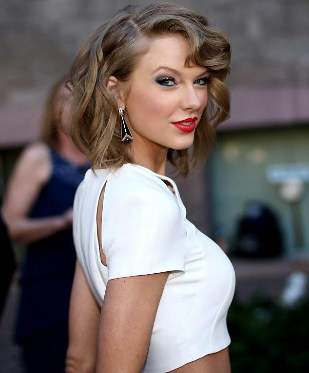 2- Taylor Swift