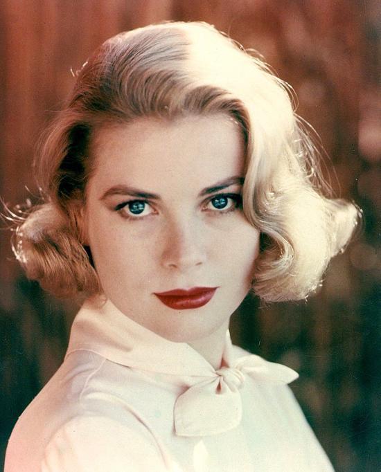 Amerikalı oyuncu ve Monako prensesi.